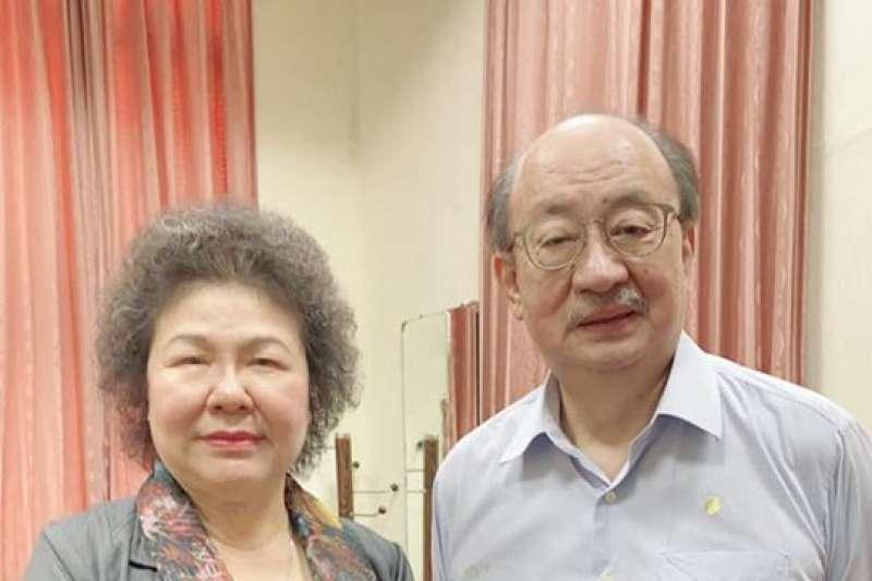 民進黨立法院黨團總召柯建銘向監察院長陳菊真情喊話,表示很榮幸可以和她並肩作戰。(取自柯建銘臉書)