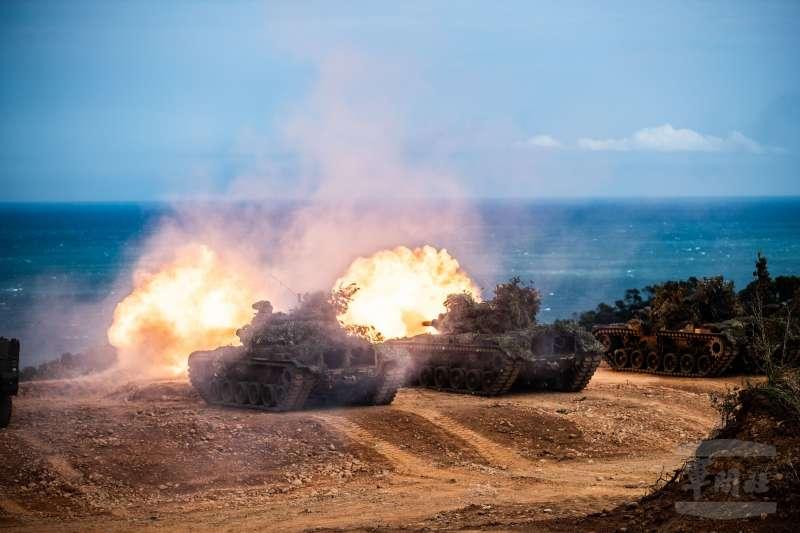 整個漢光操演中的最重要階段為聯合反登陸作戰,由於攸關敵主力兵力能否順利搶灘上岸,是防衛作戰中的重中之重。(軍聞社提供)