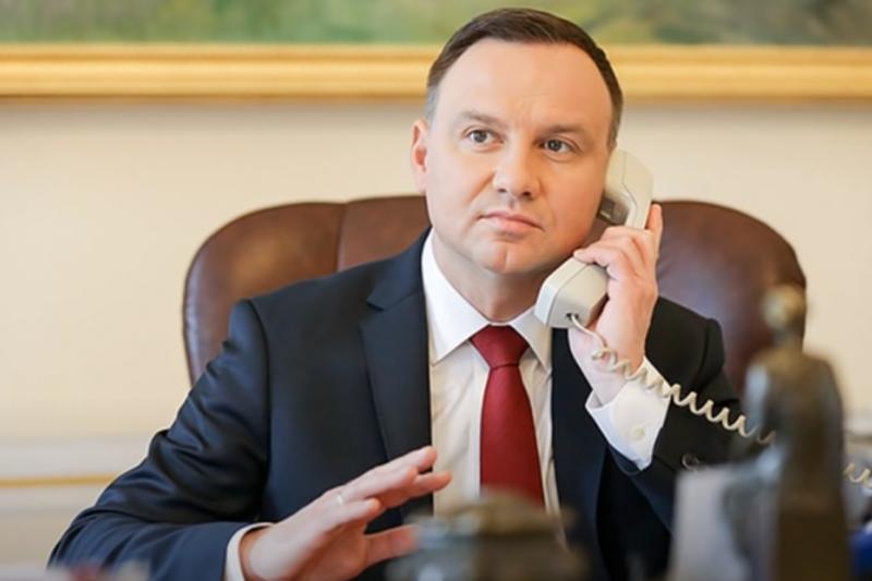 「只要看影片我就放人!」嫌犯無理要求,烏克蘭總統澤倫斯基照單全收?(圖/Vovan222prank@youtube)