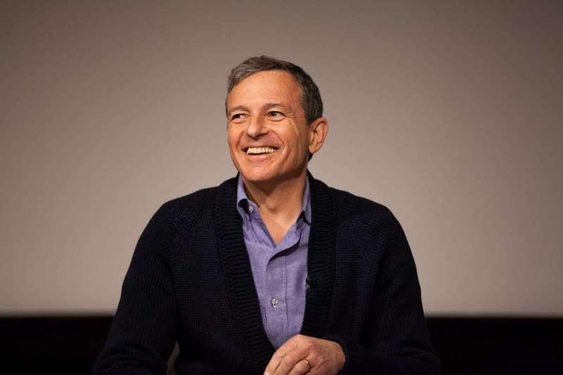 迪士尼之所以有今日的娛樂版圖,前CEO羅伯特.艾格扮演重要角色。(圖/USC Annenberg@flickr)