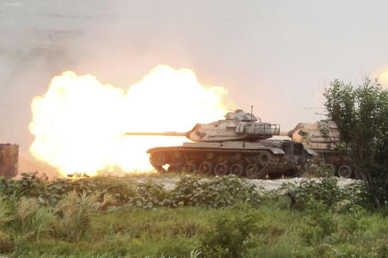 前總統馬英九22日表示「台海若發生戰事,美國援助台灣機會不大」。圖為漢光36號演習實彈操演。(資料照,美聯社)