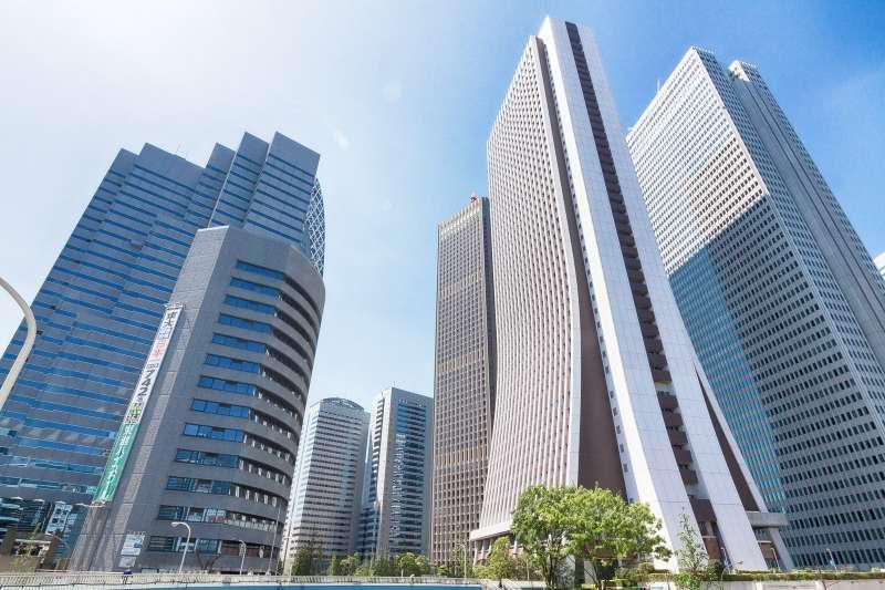 東京辦公大樓林立。(圖/ジユン@pakutaso)
