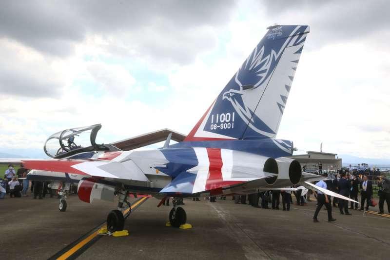勇鷹號高教機預計明年完成初期作戰測評,負責打造的漢翔已有規畫量產準備。(柯承惠攝)