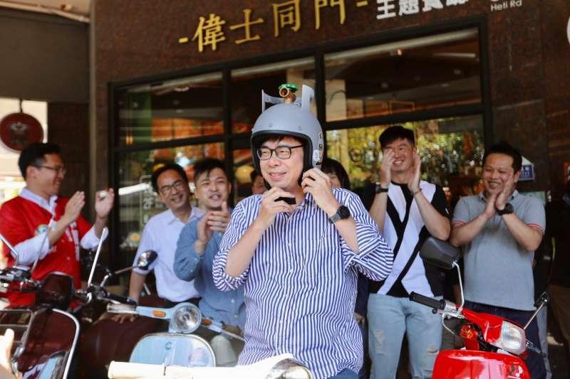 民進黨高雄市長補選候選人陳其邁接受《風傳媒》專訪時表示,此次補選的攻防、策略都交由年輕幕僚來處理,現在是「年輕人當道的年代。」(取自陳其邁臉書)