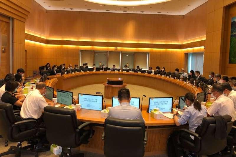 新北與基隆今舉辦合作交流平臺第3次副市長會議,針對合作案件的推動進行溝通,以加強各項計畫進展。(圖/新北市研考會提供)