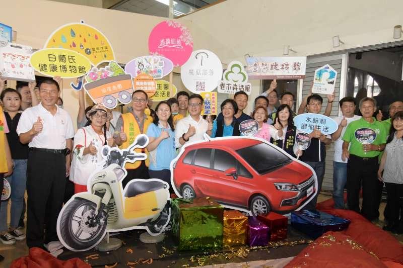 王惠美歡迎鄉親來彰化消費抽大獎。(圖/彰化縣政府提供)