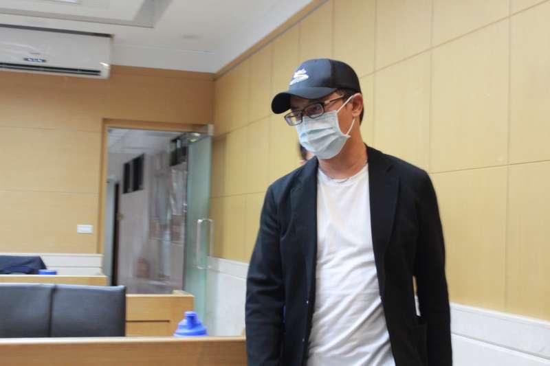 檢調查立院收賄風暴,7月31日約談白手套統領百貨總經理翁華利。(侯柏青攝)