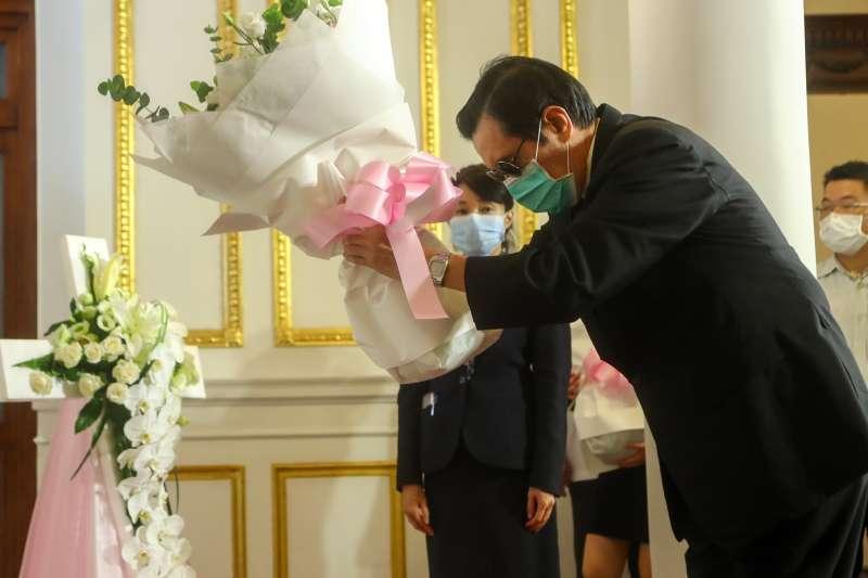 前總統馬英九1日上午赴台北賓館,弔唁前總統李登輝。(中央社提供)