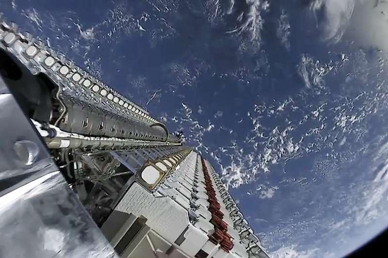 SpaceX繼上次成功發射火箭後,如今創辦人馬斯克所構思的SN5火箭,成功試飛150公尺,讓火星夢將不再是夢想。(Wikipedia / CC0)