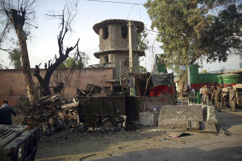 恐怖組織伊斯蘭國(IS)宣稱2日襲擊阿富汗東部大城賈拉拉巴德一處監獄。