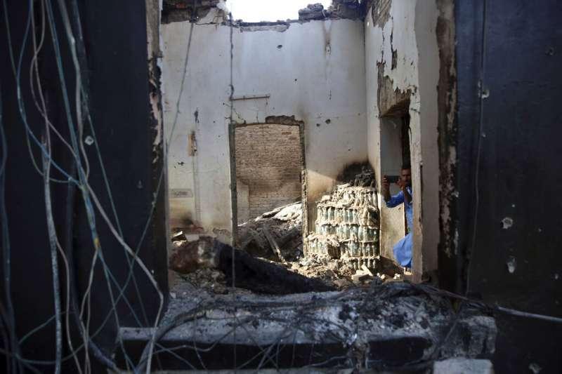 恐怖組織伊斯蘭國(IS)宣稱2日襲擊阿富汗東部大城賈拉拉巴德一處監獄。(AP)