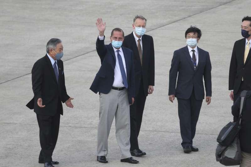 美國衛生部長艾薩(Alex Azar)昨(9)日率團訪台,卻有日媒爆料,艾薩此行目的包括與台灣討論設立新組織取代世界衛生組織(WHO)。(資料照,AP)