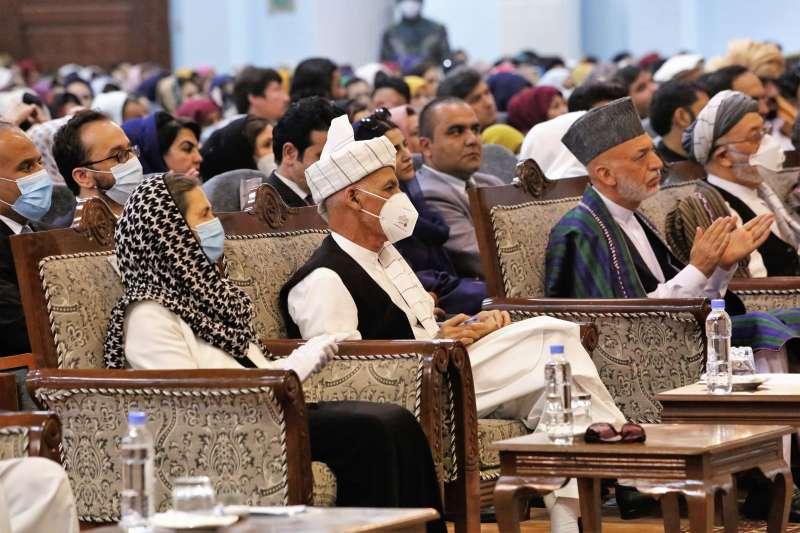 阿富汗部族大會決定同意釋放最後400名神學士成員,掃除直接和談唯一障礙(AP)