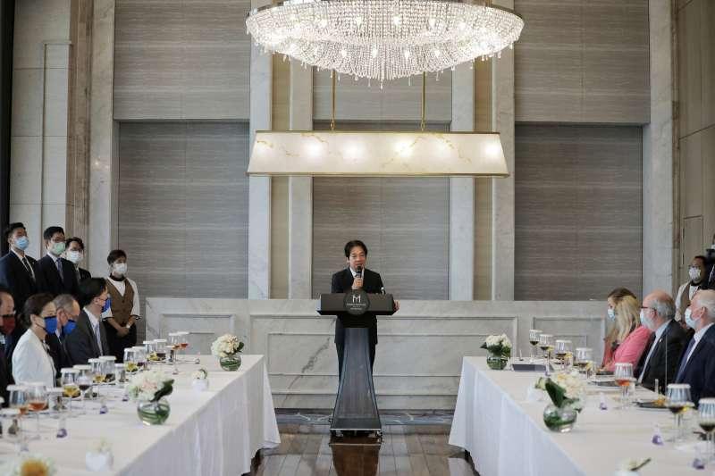 20200811-賴清德副總統今(11)日午設宴,款待美國衛生部長阿札爾(Alex Azar II)訪問團。(總統府提供)