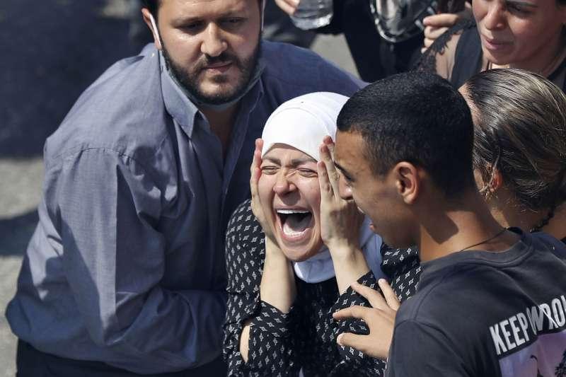 2020年8月4日,黎巴嫩首都貝魯特發生大爆炸,造成慘重死傷、民怨沸騰(AP)