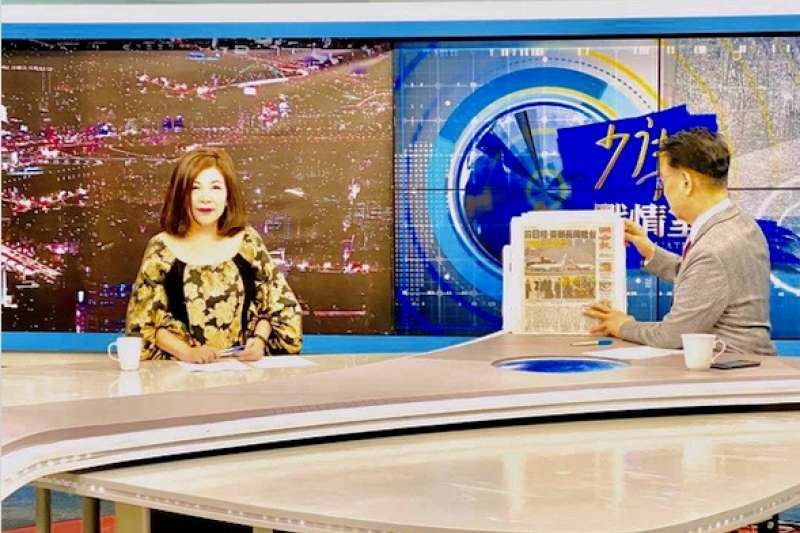 被封為「政論CP」的資深媒體人趙少康與陳文茜再次同台,2人針對總統蔡英文是否為機會主義者展開激辯。(取自文茜的世界周報臉書)