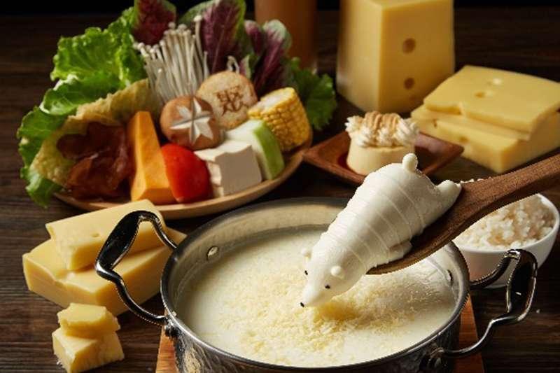 吃膩麻辣鍋的重口味,炎炎夏日還是想嗑鍋嗎?那牛奶鍋就是你最好的選擇!(圖/取自聚  北海道昆布鍋 粉專)