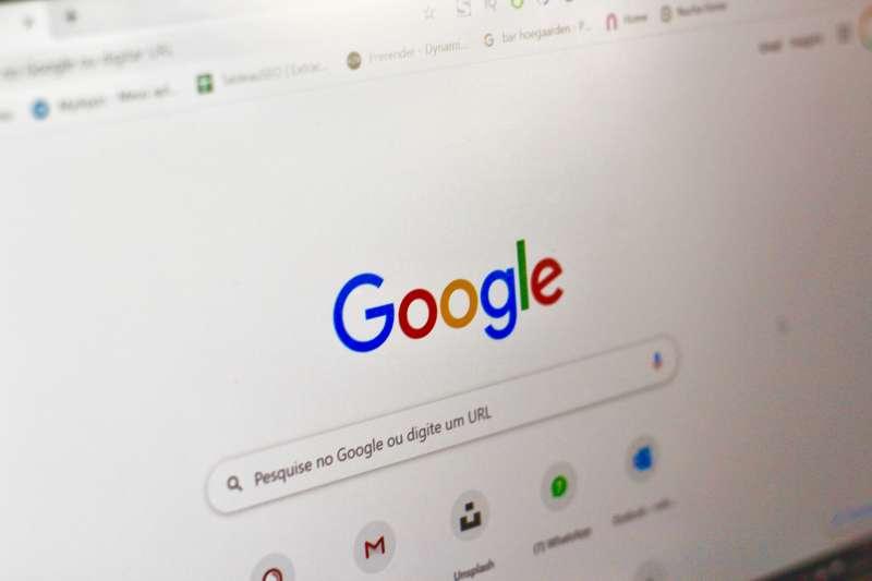 原來Google搜尋引擎有這麼多小技巧!(圖/取自Unsplash)