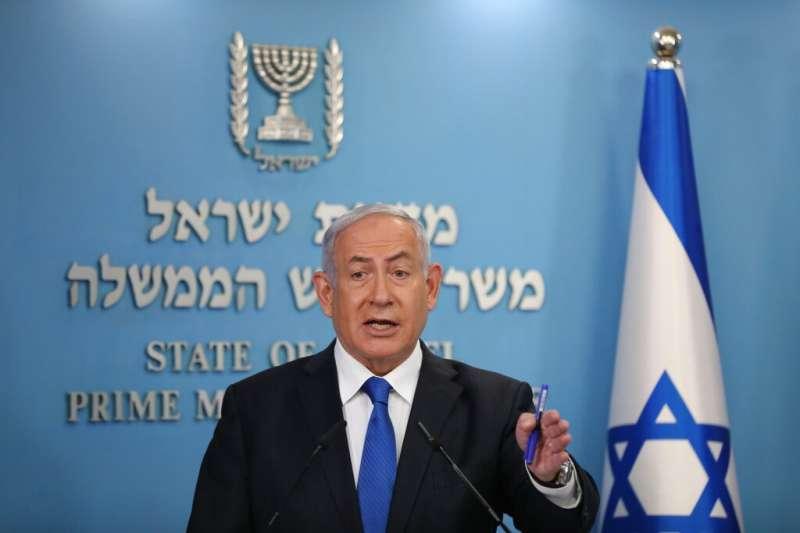 以色列與阿拉伯聯合大公國13日宣布,兩國在美國總統川普居間斡旋下,達成歷史性的《亞伯拉罕協議》,同意實現雙邊關係全面正常化。圖為以色列總理納坦雅胡。(AP)