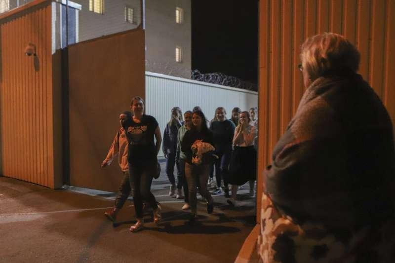 白俄羅斯當局至今逮捕近7千名示威者,14日至少2千人獲釋(美聯社)
