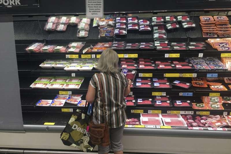 無肉不歡的飲食習慣讓許多美國人患上慢性疾病,也更容易成為新冠疫情的受害者。(美聯社)