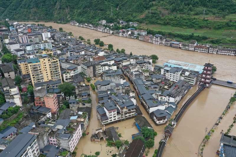 2020年夏季,中國長江流域爆發嚴重洪患。(美聯社)