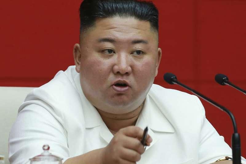8月19日,北韓領導人金正恩在勞動黨大會上講話。(AP)