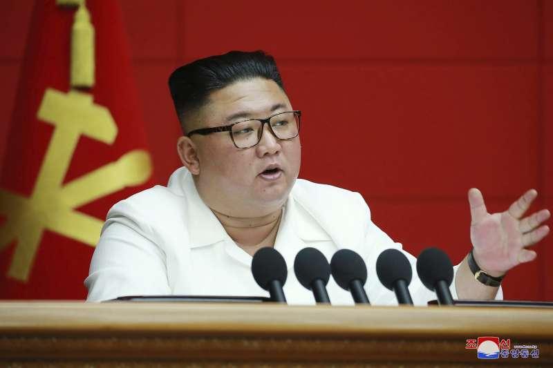 8月19日,北韓領導人金正恩在勞動黨會議上講話。(AP)