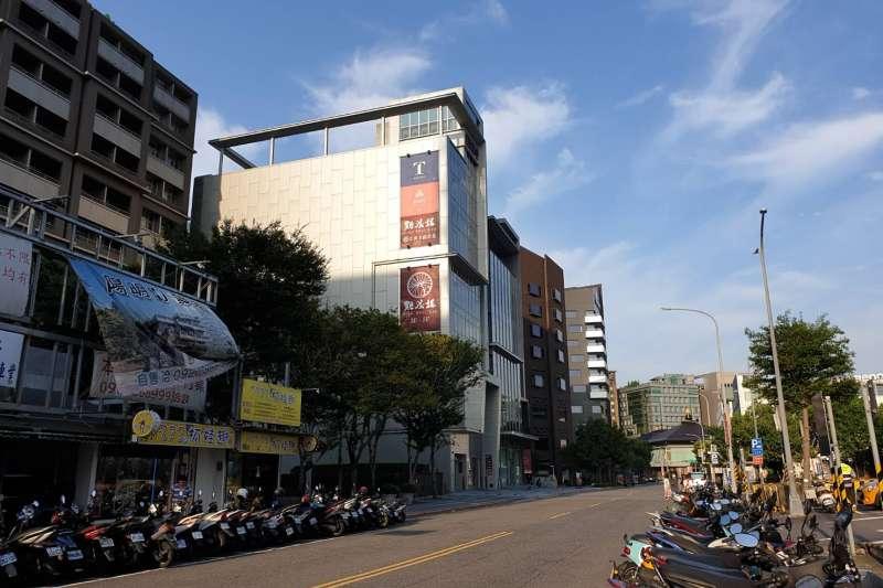 米其林公布獲選餐廳名單,台北市大直商圈共有4間餐廳入選,且都集中在樂群三路上。(台灣房屋大直特許加盟店提供)