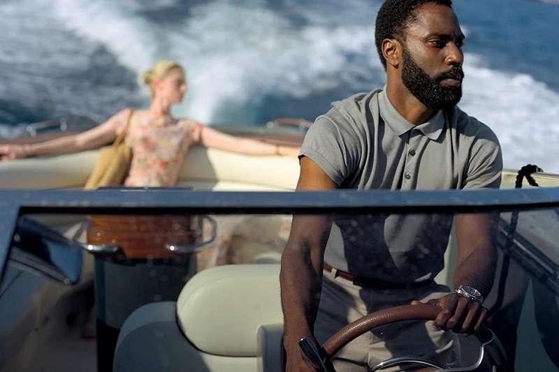 《天能》的故事是諜報片題材,卻是嶄新的手法,主角猶如「007」,只是在時空上,涉及過去與未來,加深了任務的困難與複雜。(圖/imdb)