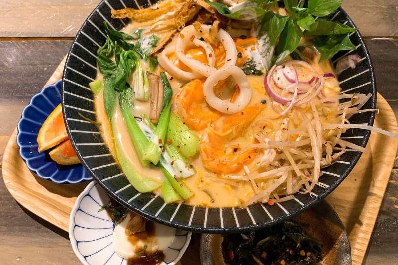 盤點全台TOP10的泰式料理店,每道看起來都好吃到流口水(圖/MENU美食誌Viola提供)