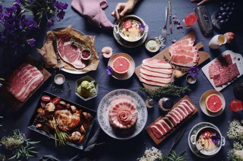 一頭牛推出中秋烤肉秋思燒肉禮盒,並提供企業送禮宅配方案。(圖/一頭牛燒肉餐廳提供)