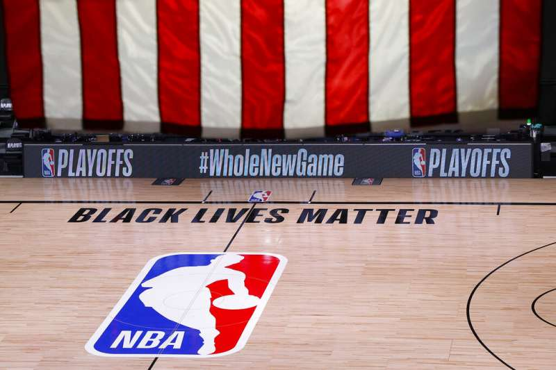 8月26日,美國職籃NBA公鹿對魔術的比賽毫無選手出場。(AP)