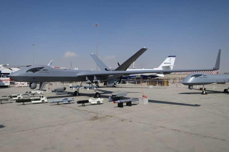 2017年杜拜空軍展,中國製造的翼龍II無人機。(Mztourist@wikipediaCCBYSA4.0)