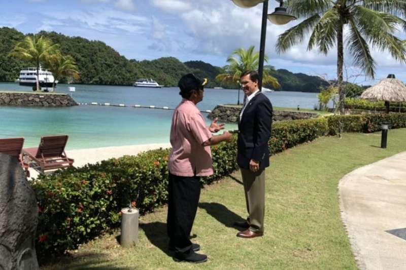 2020年8月,美國國防部長艾斯培前往帛琉訪問(Twitter)