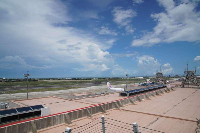 20200830-桃園國際機場一景,受疫情影響航班大幅取消。(盧逸峰攝)