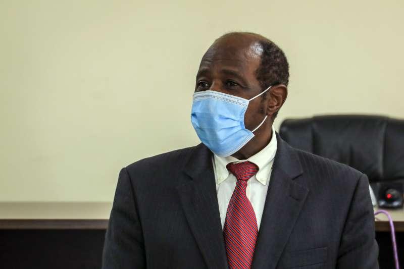 盧安達人道主義者魯塞薩巴吉納遭逮捕,被以恐怖主義、縱火和謀殺罪名起訴。(美聯社)