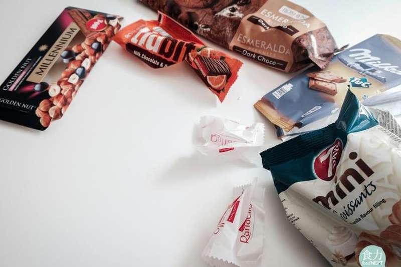 餅乾包裝袋要丟垃圾還是回收?(圖/食力foodNEXT提供)