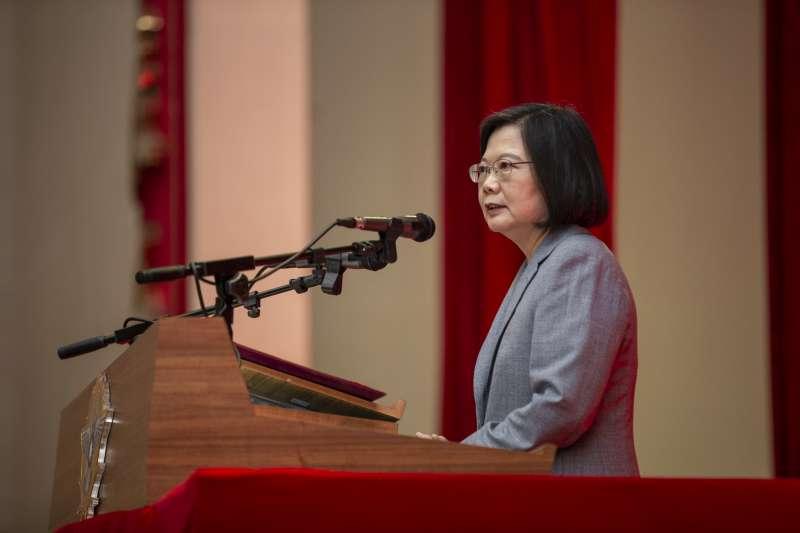 20200902-總統蔡英文(見圖)出席軍人節表揚大會,致詞時表示照顧國軍是她責無旁貸的責任。(取自總統府Flickr)
