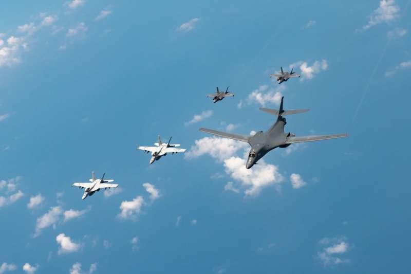 作者認為,台海會因為台美共同利益而發生戰事,因此,強化美國在台利益,美軍必定協防台灣。圖為美軍B-1轟炸機。(資料照,翻攝自DefPost Twitter)
