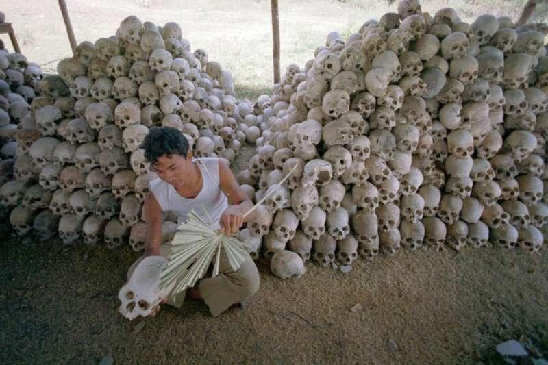 「赤柬」大屠殺受害者的骷髏。(AP )