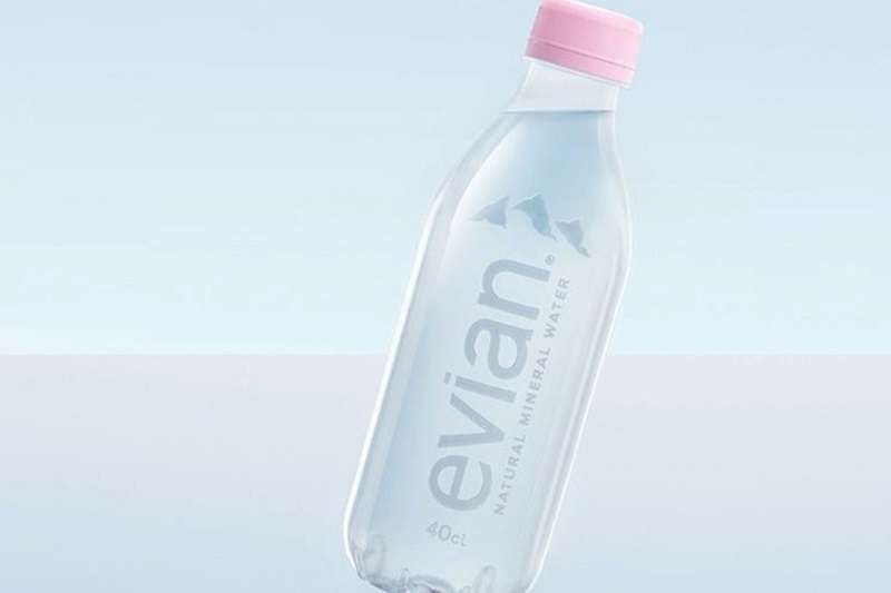 全球知名的飲料大廠正在加速前進,以突破性的環保包裝為核心,加倍減少塑膠和玻璃垃圾。(圖/食力提供)