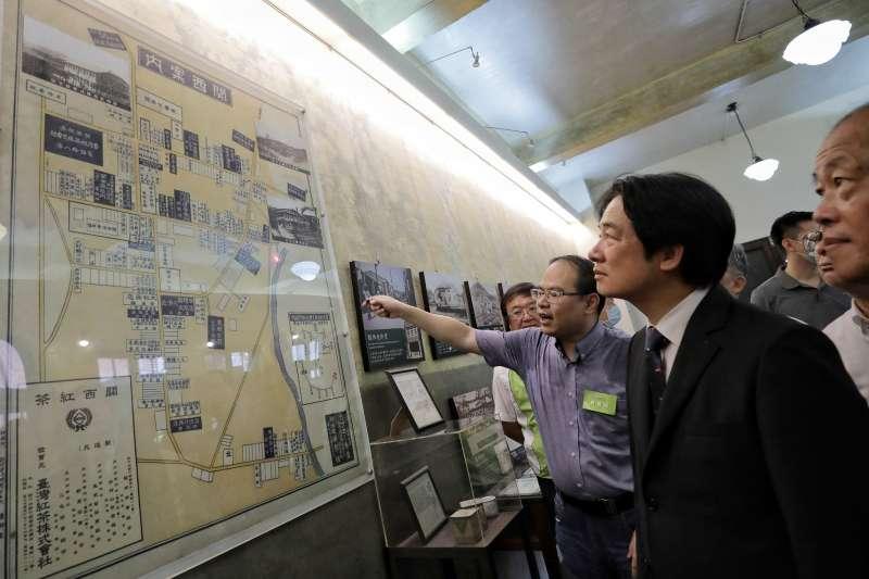 副總統賴清德上任後,頻到地方產業參訪。圖為賴清德赴台紅茶業文化館參訪。(取自賴清德臉書)