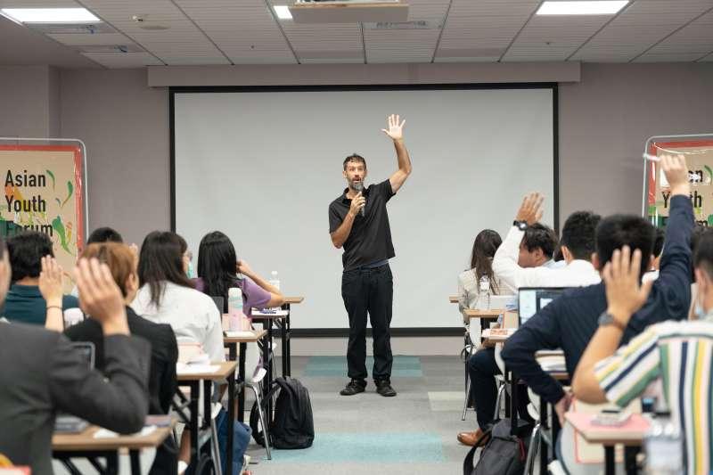 無校園大學亞洲區總裁Kenn Ross(見圖)表示,新冠疫情成為促進歐美國家進行教育模式改革的催化劑,台灣應當「居安思危」。(長風基金會提供)