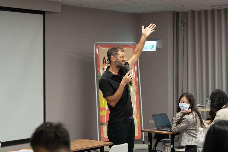 20200906-無校園大學亞洲區總裁Kenn Ross(見圖)表示,新冠疫情成為促進歐美國家進行教育模式改革的催化劑,台灣應當「居安思危」。(長風基金會提供)