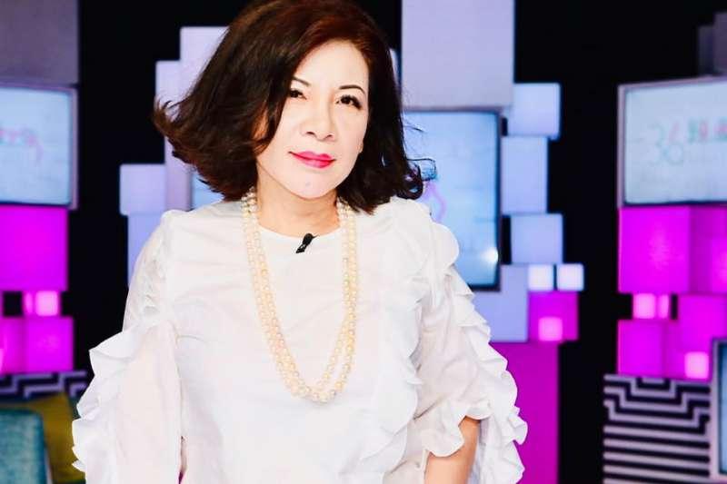 資深媒體人陳文茜(見圖)主持的《文茜的世界周報》,隨《中天新聞台》停播而轉移到《TVBS》。(資料照,取自臉書「文茜的世界周報」)