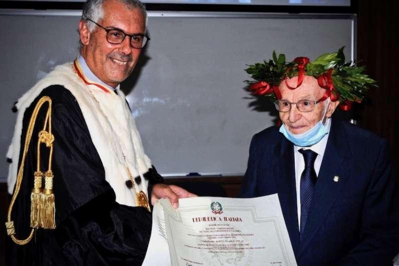 義大利最年長的大學畢業生周世沛(Giuseppe Paternò)。(曾廣儀提供)