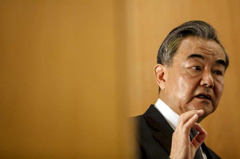 王毅出訪歐洲拚外交,慘遭滑鐵盧。(美聯社)