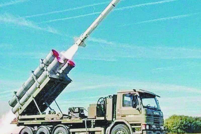 退役中將劉湘濱批評,美國不賣對台灣真正有用的武器,且只要台灣成功研發新的軍備,美國就會要求購買美國同級軍武。(資料照,取自Boeing Defense Twitter)