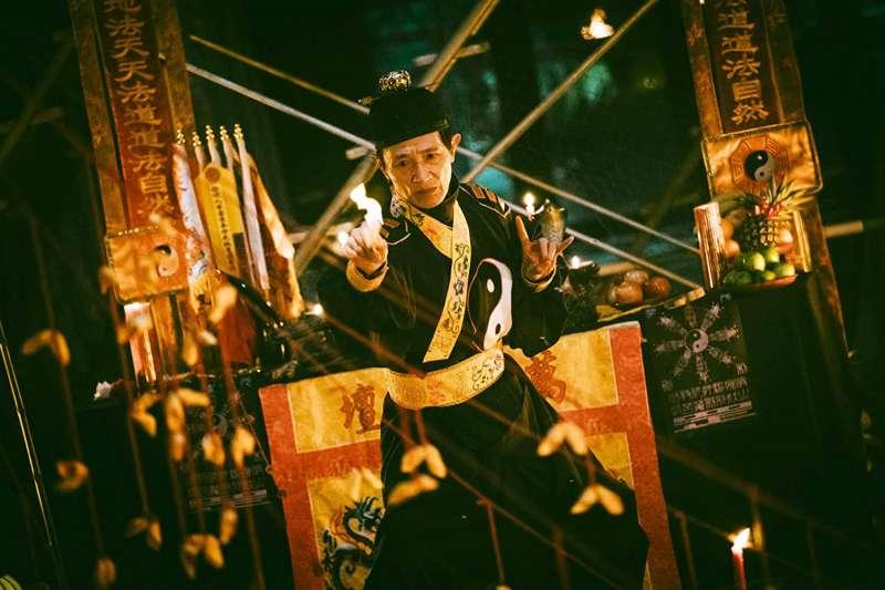 「送肉粽」習俗,是為了超渡怨氣重、上吊輕生的亡者。(圖/取自Imdb)